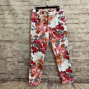 Anthro Pilcro and the Letterpress 30 Floral pants